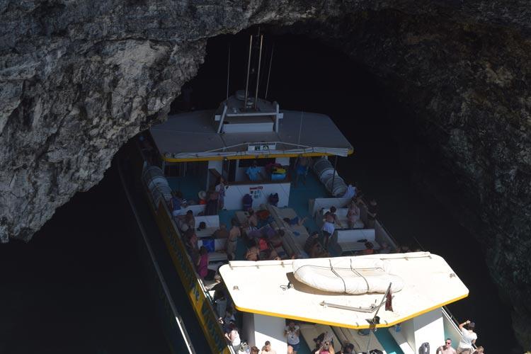 Santa Maria caves